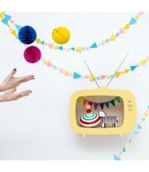 Mensola a TV Giallo